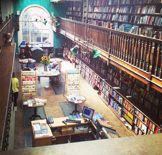 smartvolta-volta-smart-places-daunt-books-london1
