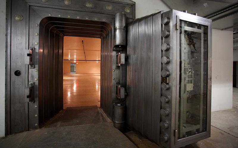 hanson-vault